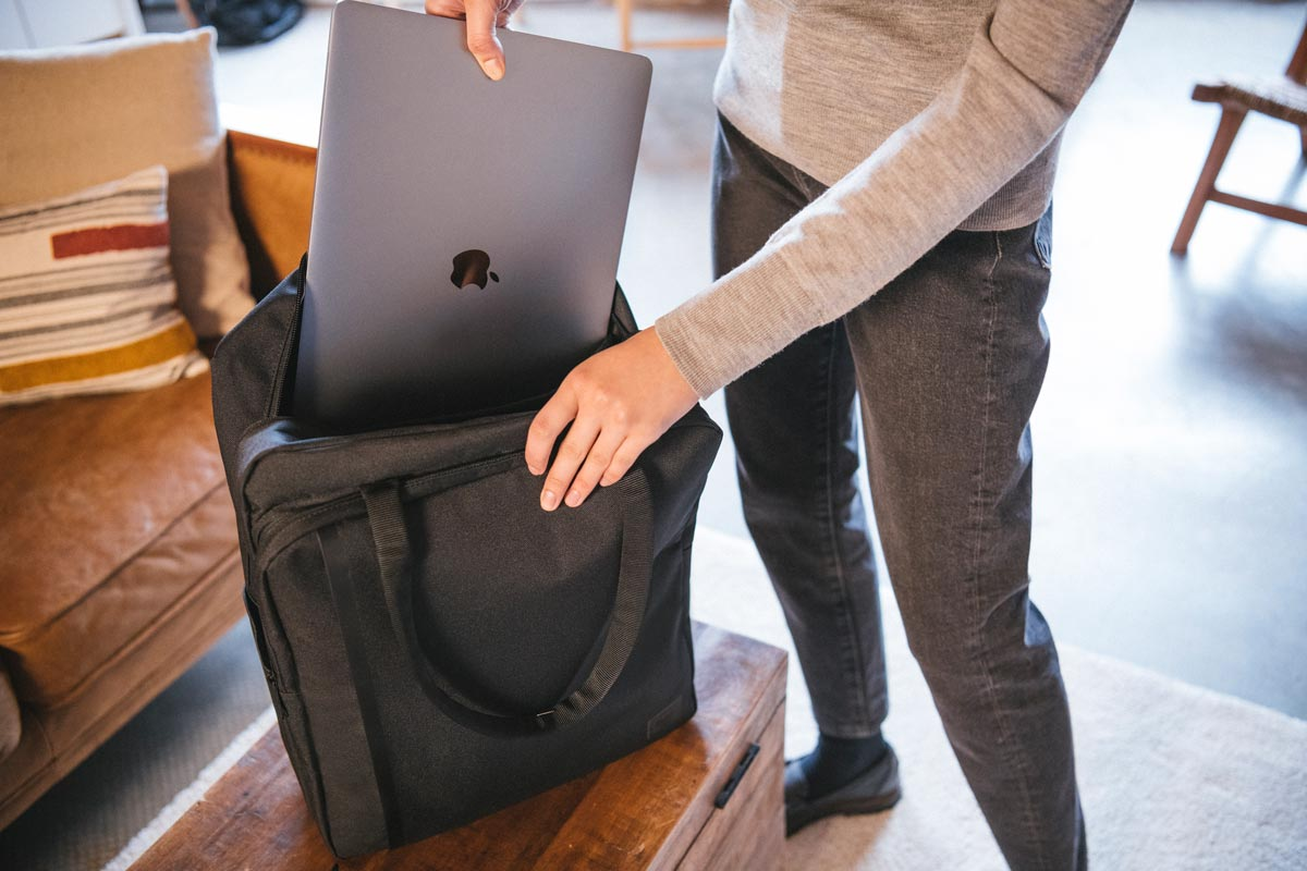 "Padded / fleece lined 15"" laptop sleeve"